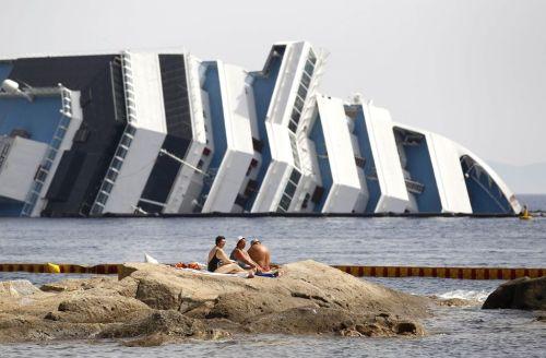 13-janvier-le-bateau-de-croisiere-costa_b053c5fc7abdfc21b14a4fc3896b77b2